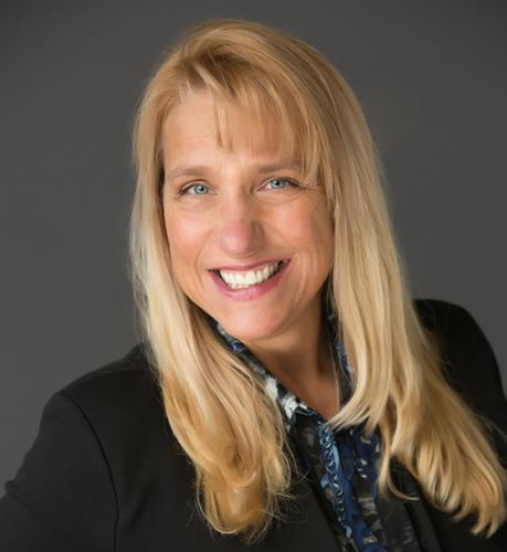 Linda Michelsen an Evergreen Office Real Estate Agent