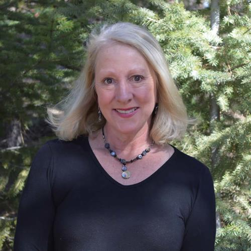 Diane Danek a Conifer Office Real Estate Agent